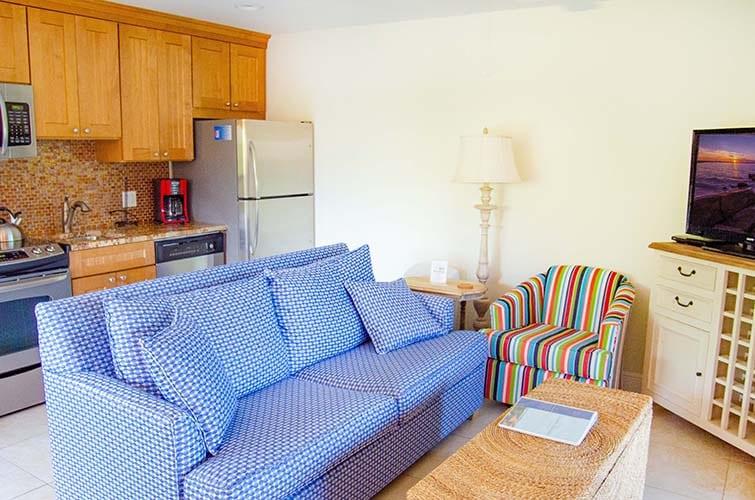 2 - 01 Living Room