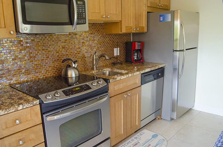 2 - 03 Kitchen