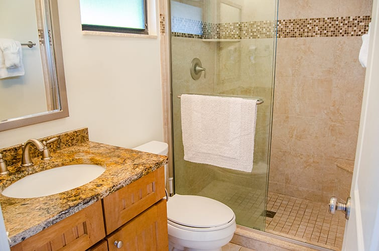 2 - 04 Bathroom