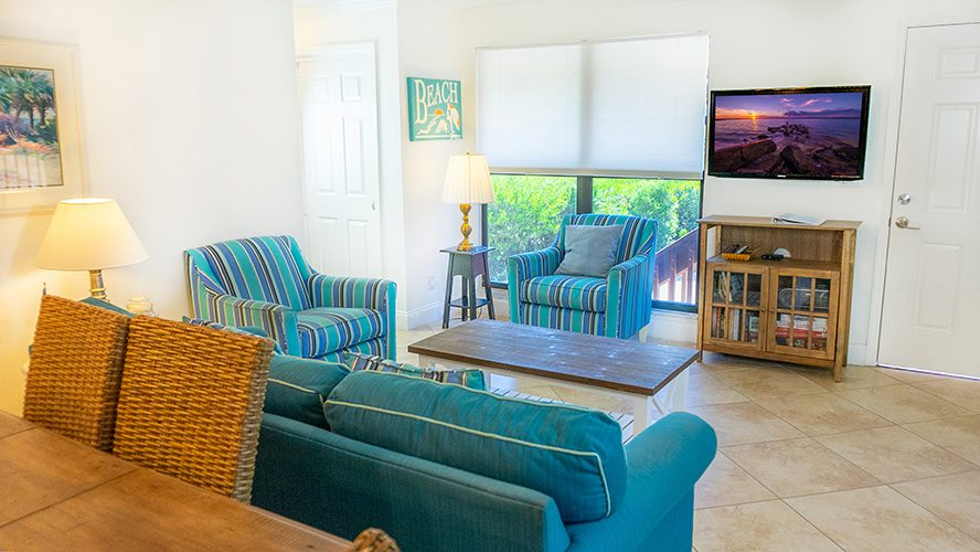 11 - 02 Living Room