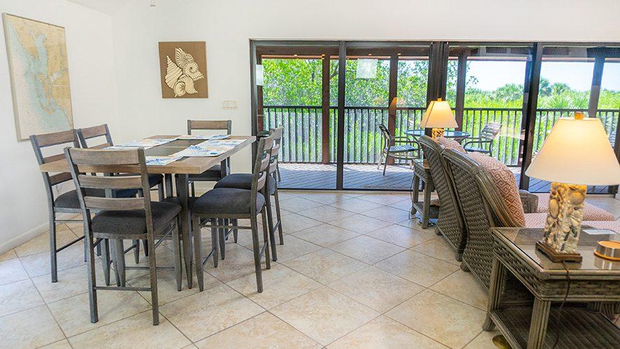 19 - 10 Dining Area