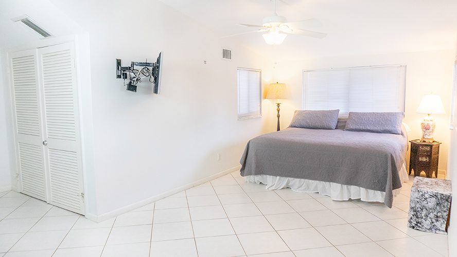 19 - 14 Loft Bed
