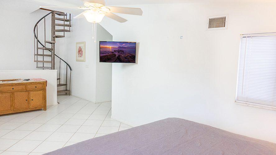 19 - 15 Loft Bed