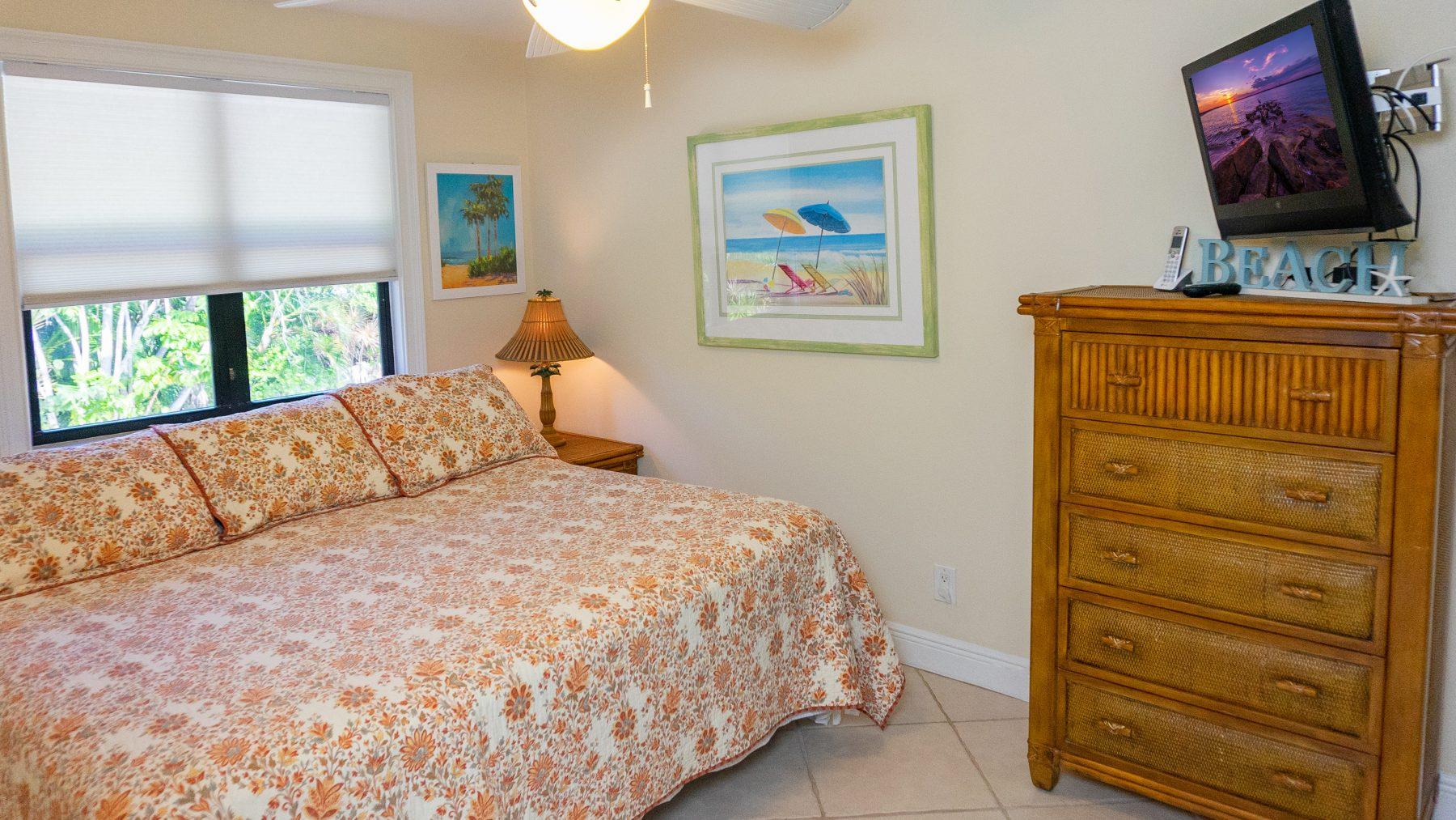 4 - 10 Bedroom