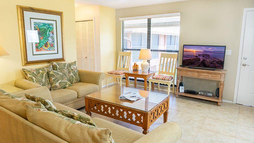 5 - 04 Living Room