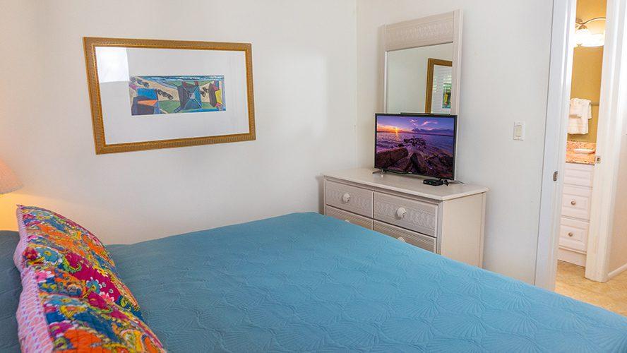 5 - 08 Bedroom