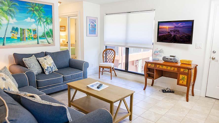 7 - 02 Living Room
