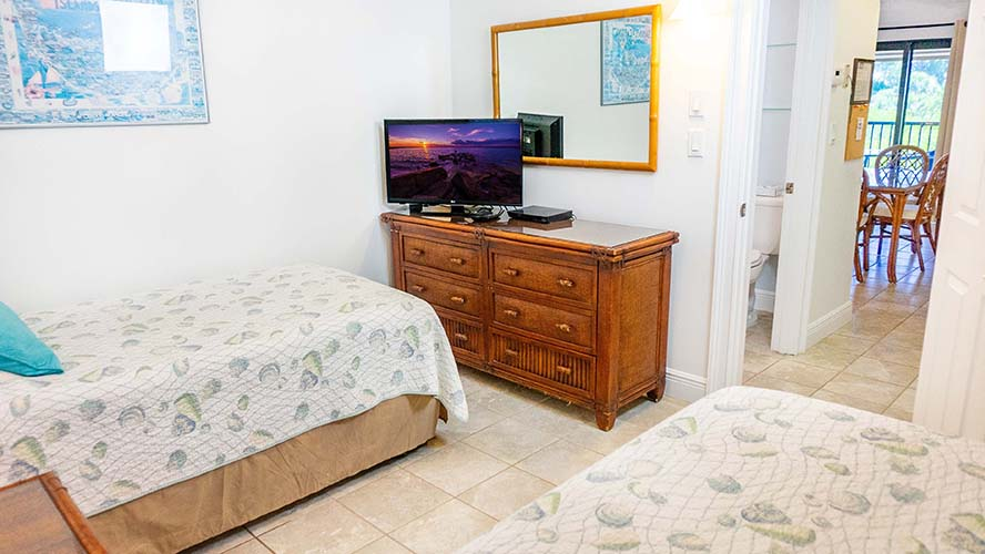 7 - 06 Twin Bed