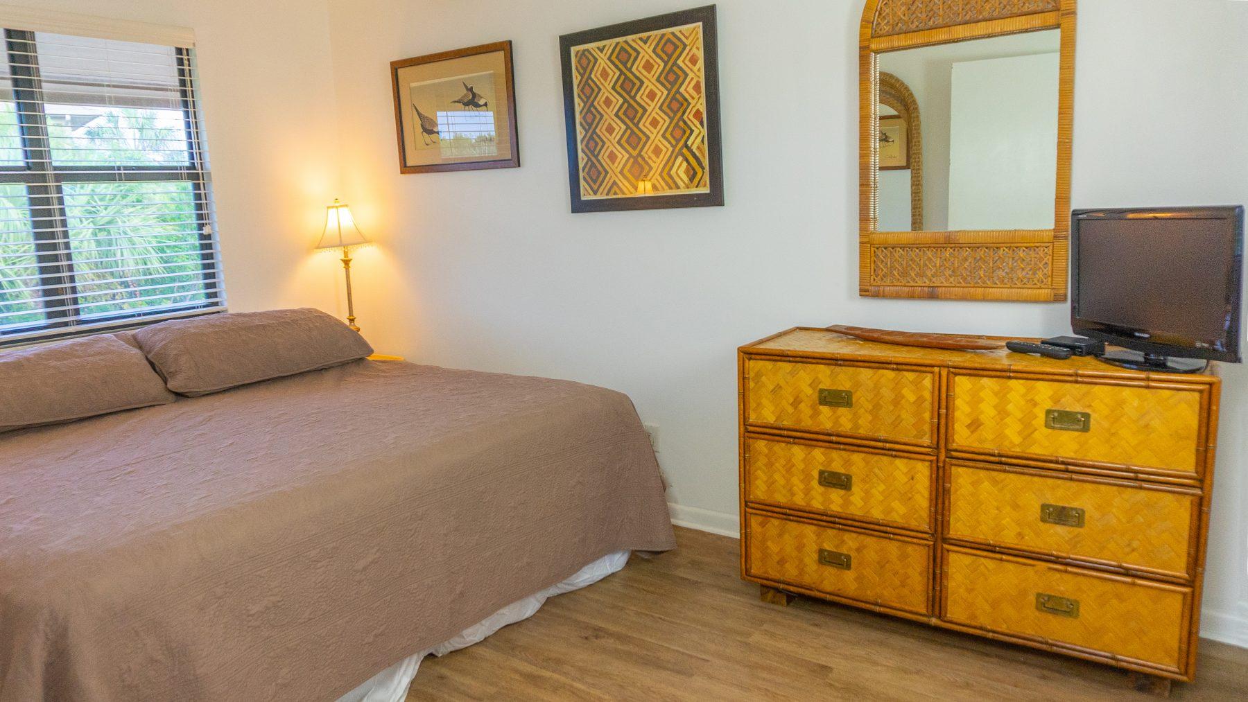 8 - 09 Bedroom