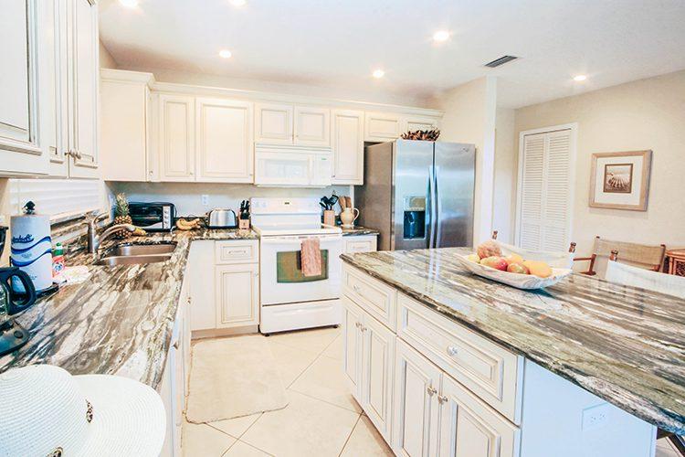 Room 14 - Kitchen