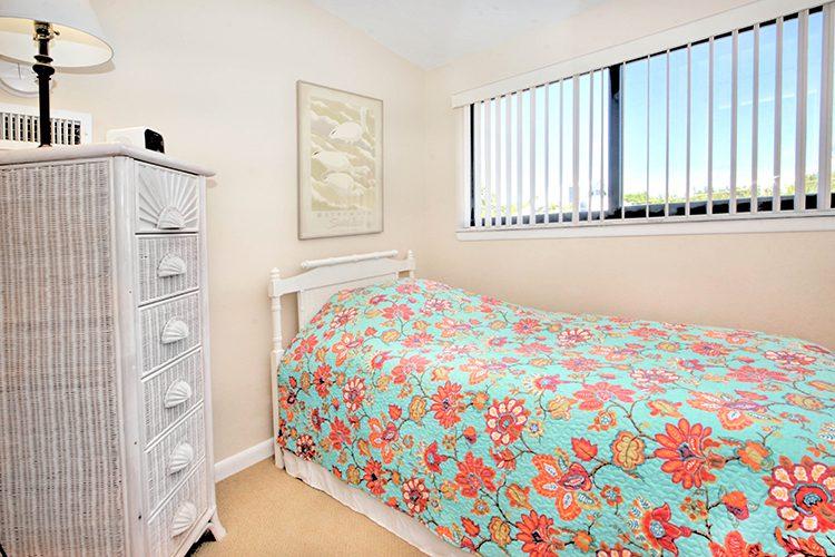 Room 14 - Single Twin